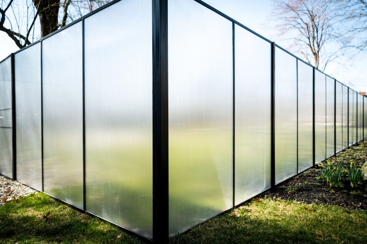 Glass Fence – The Frost House
